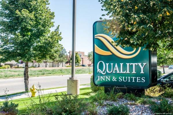 Quality Inn and Suites University Fort C