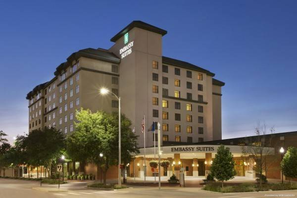 Hotel Embassy Suites by Hilton Lincoln