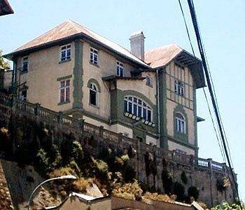 Hotel Hostal Little Castle