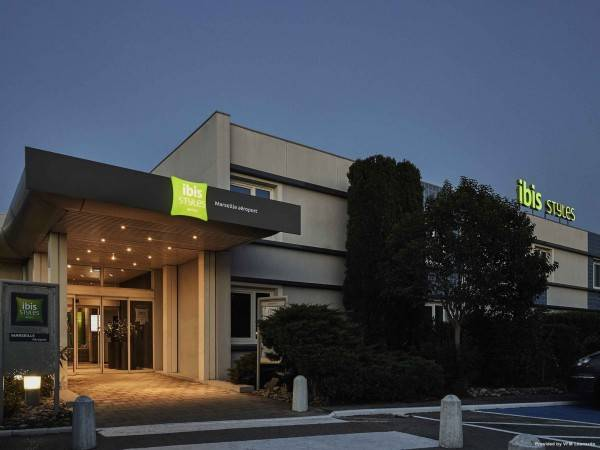 Hotel ibis Styles Marseille Provence Aéroport