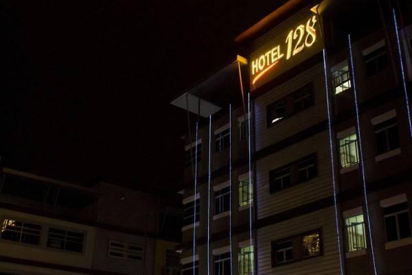 Hotel 128 Bukit Jalil