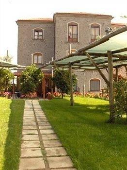 Hotel Villa De Angelis