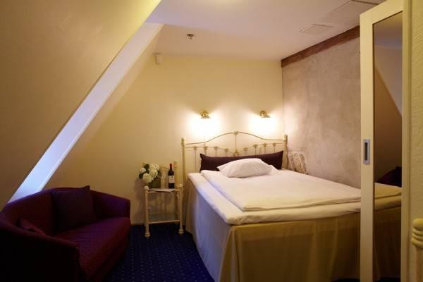 Hotel Cru
