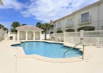 Hotel Villas Ocean Gate 429 3 Br condo by RedAwning