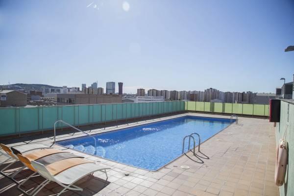 Aura Park Hotel & Apartments