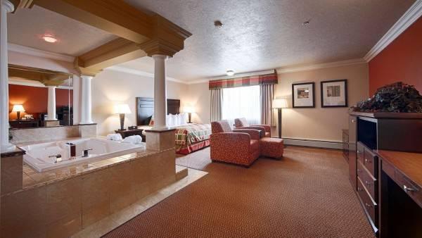 BEST WESTERN PLUS MIRAGE HOTEL