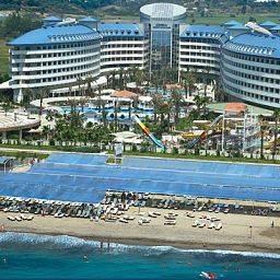 Hotel Crystal Admiral Resort & Spa
