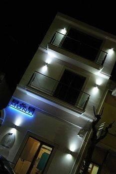 Hotel B & B Monti