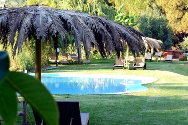 Hotel Simatos Apartments and Studios