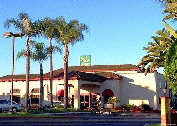 Econo Lodge Inn & Suites Artesia - Cerritos