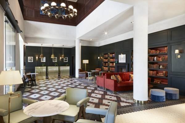 Hotel Tamburlaine LIF