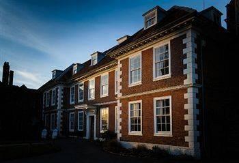 Hotel Sarum College