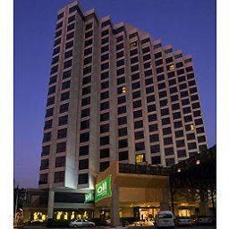 Hotel The Seasons Pattaya