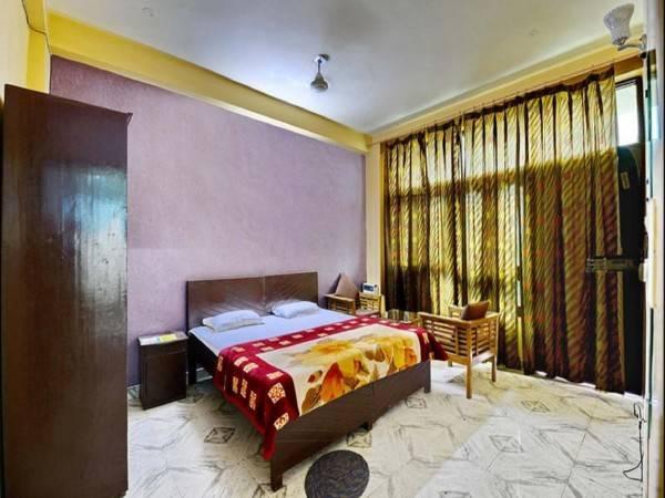 Shri Drona Hotel