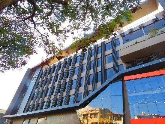 Hotel 南投冠月精品旅馆