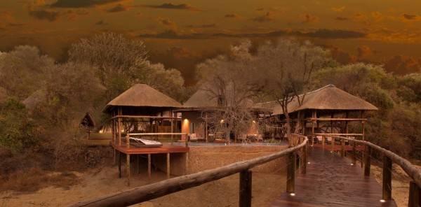 Hotel Moditlo River Lodge