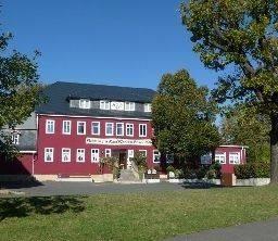 Hotel Zum Roten Hirsch im Grünen Wald
