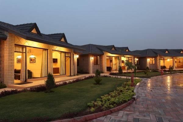 Hotel Shri Radha Brij Vasundhara Resort & Spa