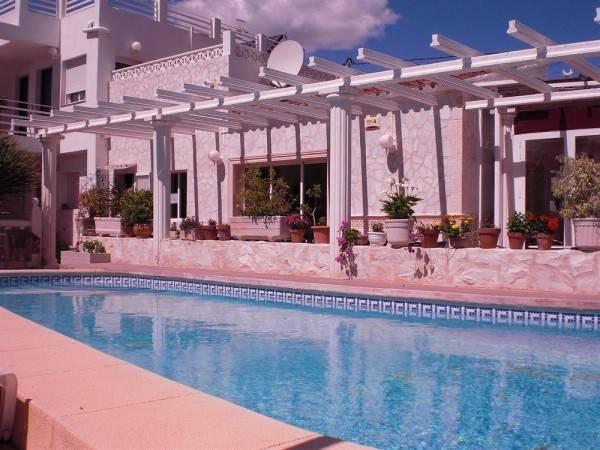 Hotel Hostal La Paloma I