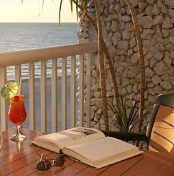 Hotel Grand Plaza Beachfront Resort