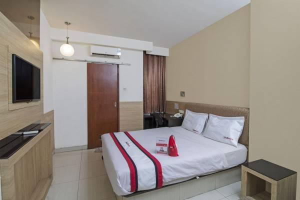 Hotel RedDoorz near Hayam Wuruk Plaza