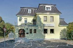 Zur Krone Garni-Hotel
