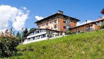 Hotel Residenza Bagni & Miramonti