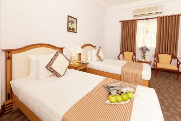 Liberty Hotel Saigon Parkview Que Huong Liberty 4