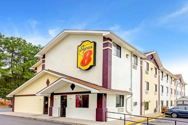 Hotel Super 8 by Wyndham Fredericksburg/Central Plz Area