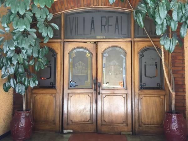 Hotel Villa Real Plaza