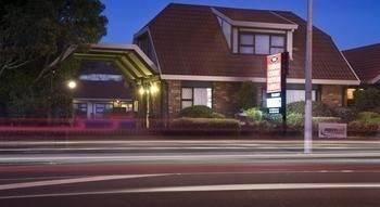 Hotel Tudor Court Motor Lodge