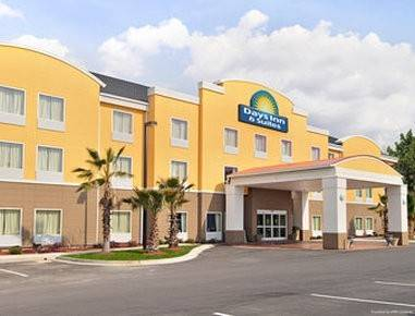Hotel DAYS SUITES SAVANNAH NORTH I95