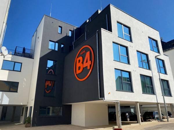 Hotel B4