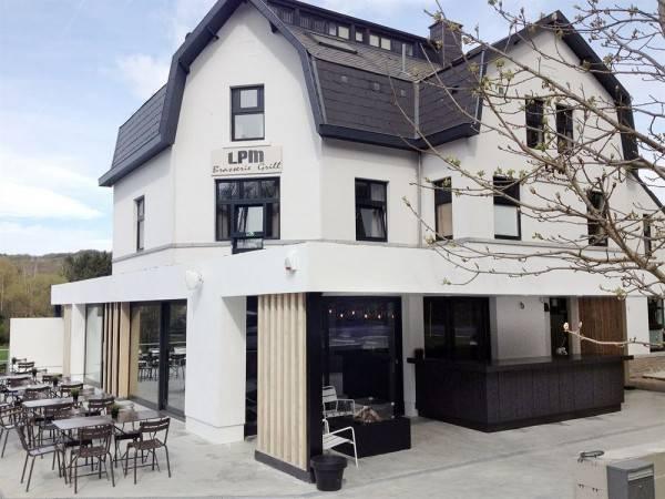 LPM2 Sporthotel & Grill
