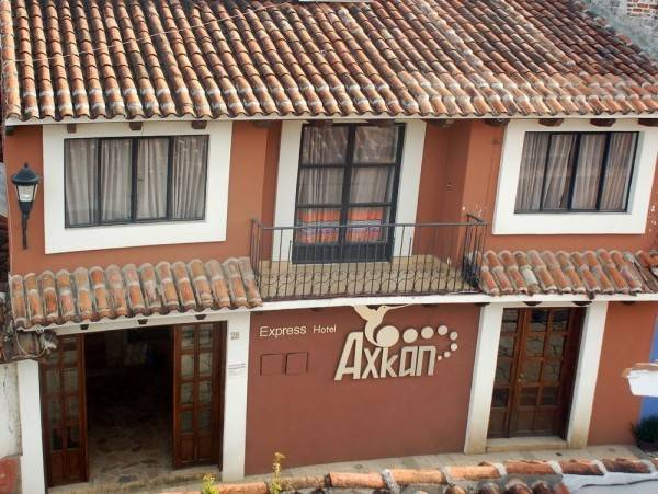 Hotel Axkan Express