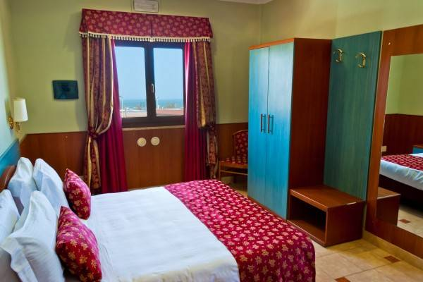 Hotel Riviera Airport Sure Hotel Collection by Best Western