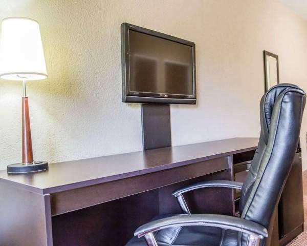 Sleep Inn and Suites Lakeland I-4