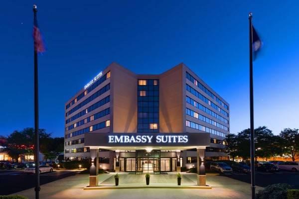 Hotel Embassy Suites by Hilton Tysons Corner