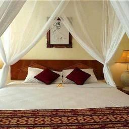 Hotel Aneka Beach
