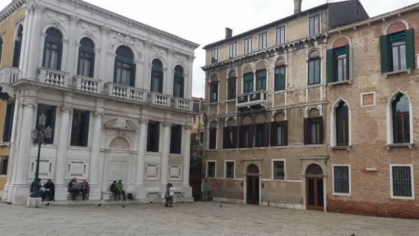 Hotel Friendly Venice Suites