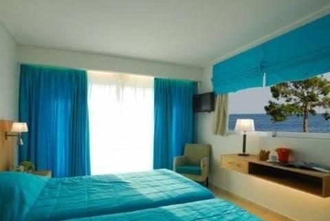 Hotel KINETTA BEACH RESORT AND SPA