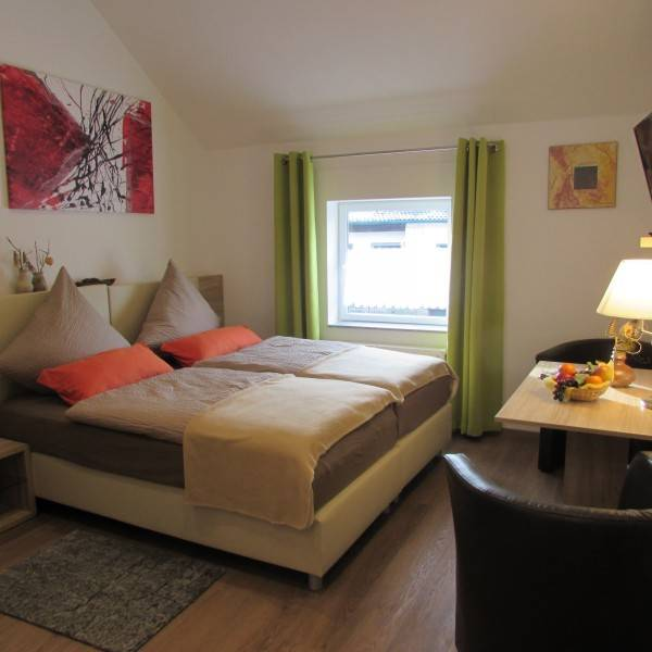 Hotel Eifel-Landhaus Em Gardestueffje