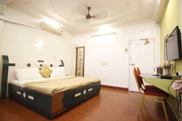 Hotel Tushar