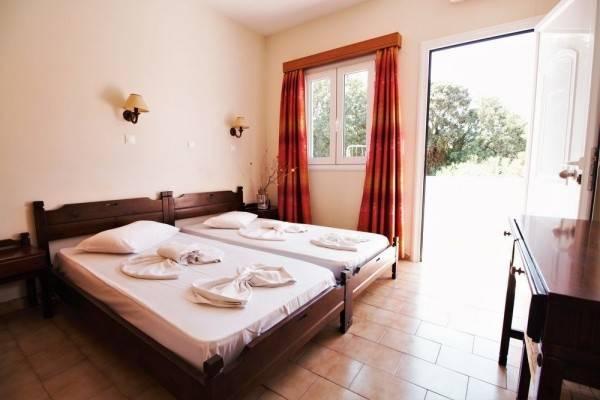 Hotel Ampavris Family Apartments