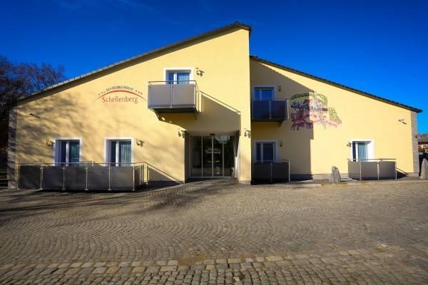 Hotel Schellenberg Boardinghouse