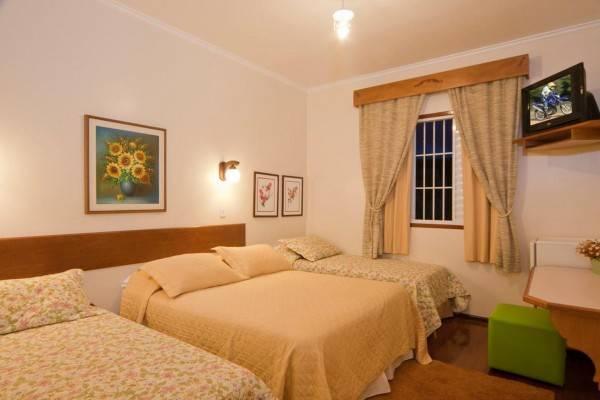 Hotel Pousada Ararinha Azul