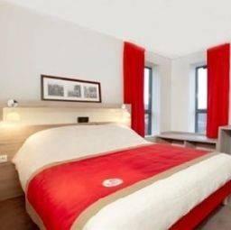 Hotel Kyriad Versailles St Cyr