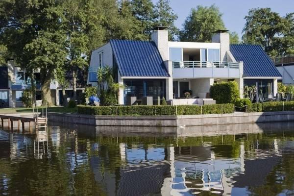 Hotel Loosdrecht Rien van den Broeke Village