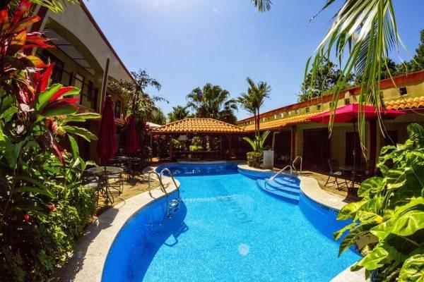 Hotel Iguana Verde