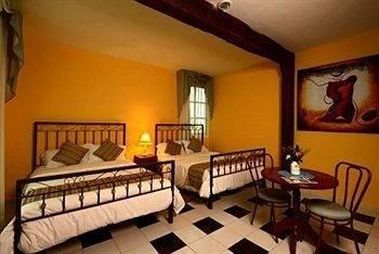 Hotel Hacienda y Glamping La Carlotta